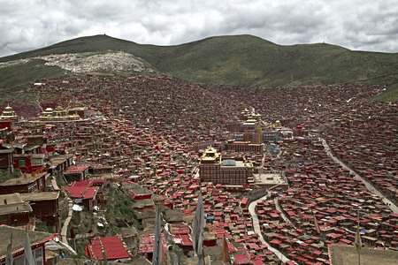 Larung Gar Five Sciences Buddhist Academy, 2014.